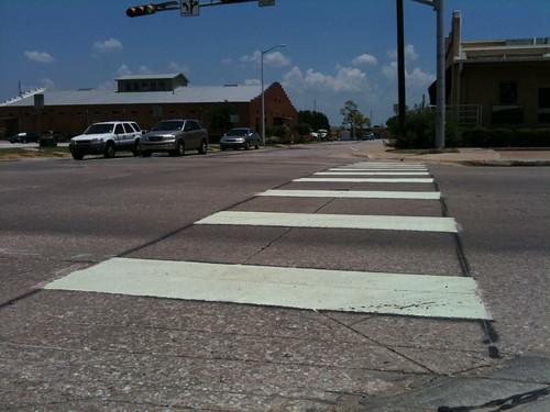 Bell Ave gets crosswalk