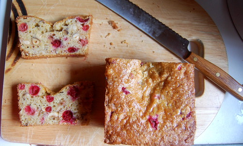 cranberry-hazelnut bread