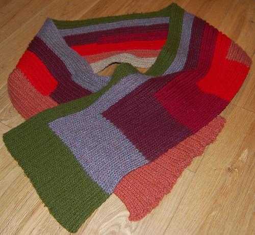 Studio Paars - first: knit scarf / eerste: gebreide das
