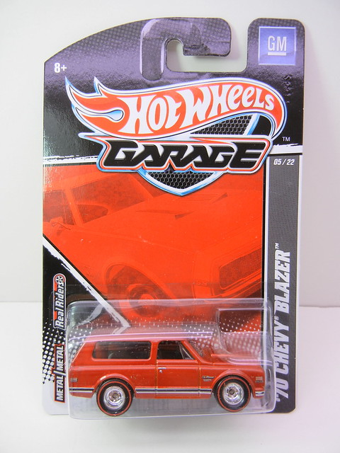 hot wheels garage '70 blazer (3)
