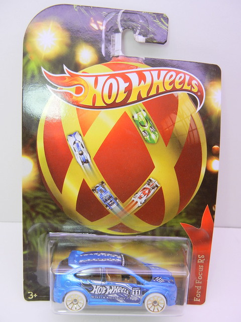 2011 hot wheels holiday hot rods fords focus rs (1)