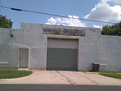 "Owens Garage, Austin, Texas • <a style=""font-size:0.8em;"" href=""http://www.flickr.com/photos/41570466@N04/6878348286/"" target=""_blank"">View on Flickr</a>"