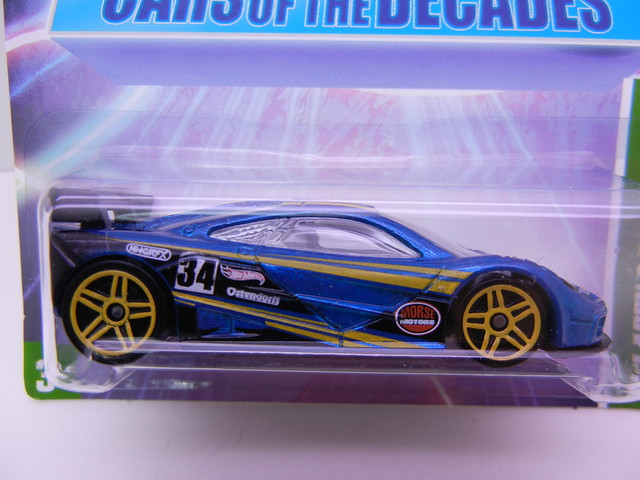 hot wheels decades 90's mclaren f1 gtr (2)