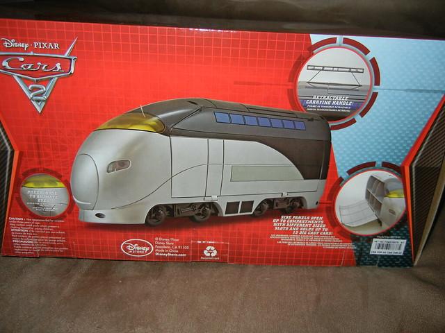 disney store cars 2 stephenson spy train carrying case (5)