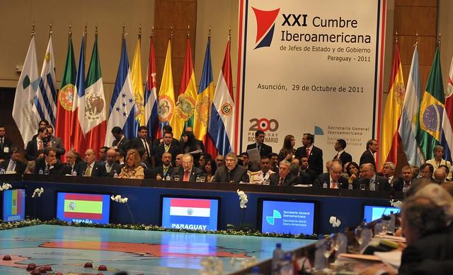 Fernando Lugo durante el inicio de las sesiones en la XXI Cumbre Iberoamericana