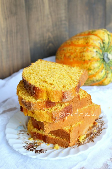pumpkin bread with almonds and chestnut honey