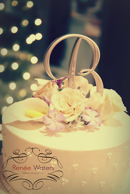 B  cake top