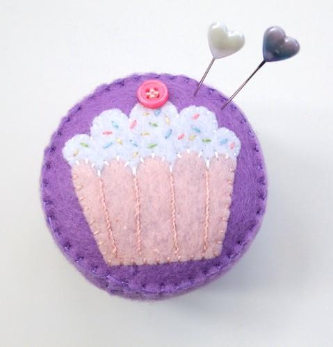 Felt cupcake pincushion