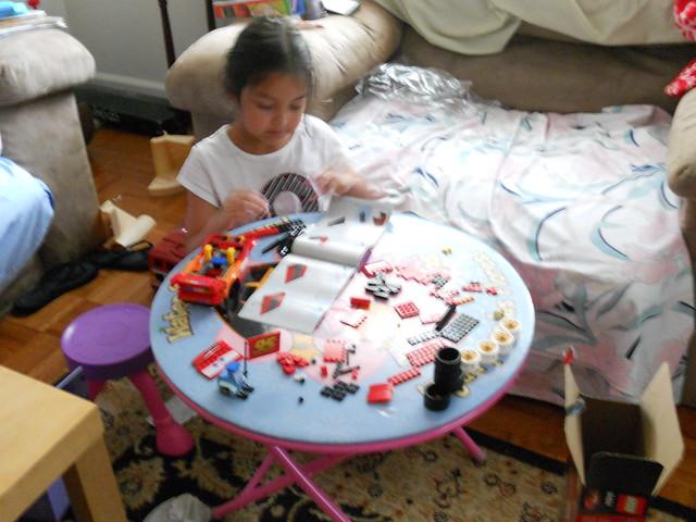 disney cars 2 lego mcqueen build (3)