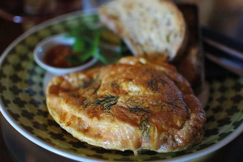 Salmon, dill & ricotta omelette