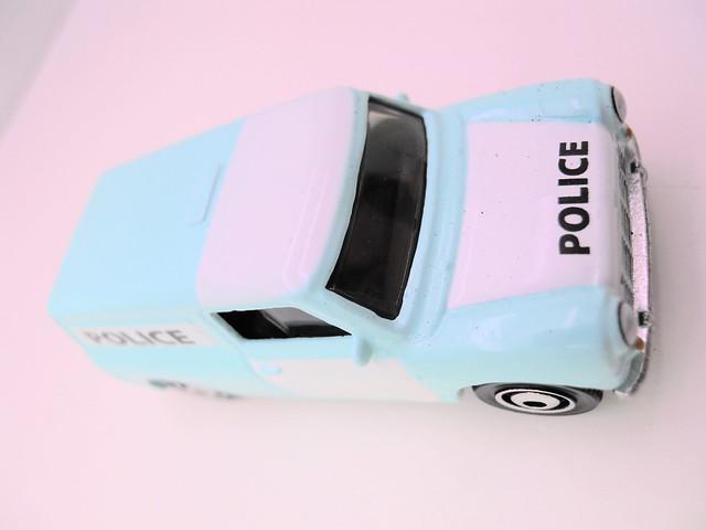 matchbox lesney '65 austin minivan (3)
