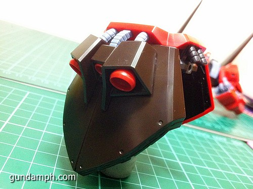 MG Rick Dias Quattro Custom RED Review OOB Build (31)