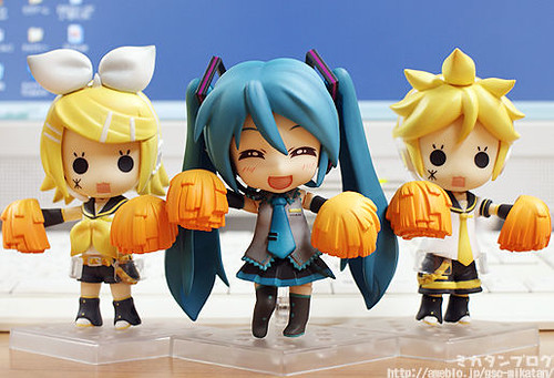 Nendoroid Hatsune Miku: Support version with Kagamine Rin and Len