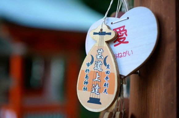 111008_ikuta-shrine04