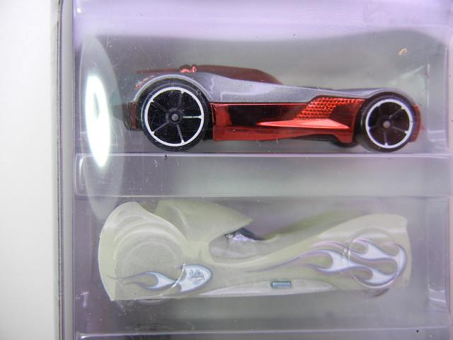 2011 hot wheels halloween 5 pack (2)