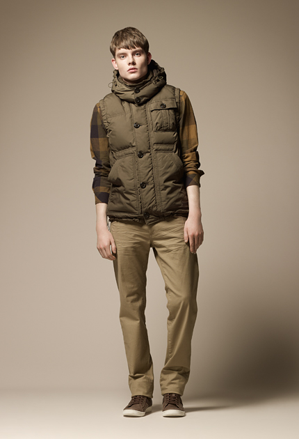 Stany-Marks Stanworth0090_Burberry Blue Label Fall 2011