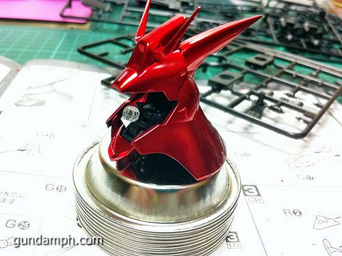 MG Sazabi Metallic Coating (Titanium-Like Finish) (26)