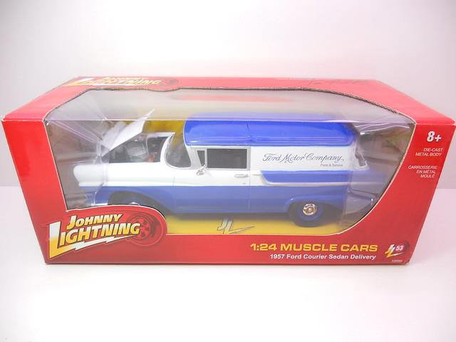 johnny lightning 1957 ford sedan courier delivery blue (1)