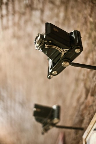Folding camera in Annabar by esquimo_2ooo