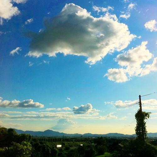 雲が( ゚д゚)ポカーン #iphonography #instagram