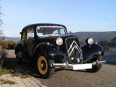 Citroen_Traction11_Saigon_R1