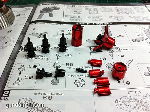 MG Sazabi Metallic Coating (Titanium-Like Finish) (21)