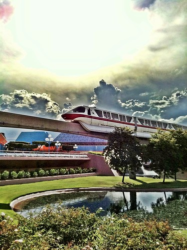 The Giant Golf Ball Trip Report for Epcot, Orlando Florida | The Purple Pumpkin Blog