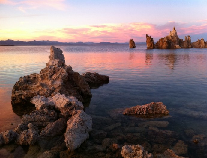 iPhone 4 image of Mono Lake