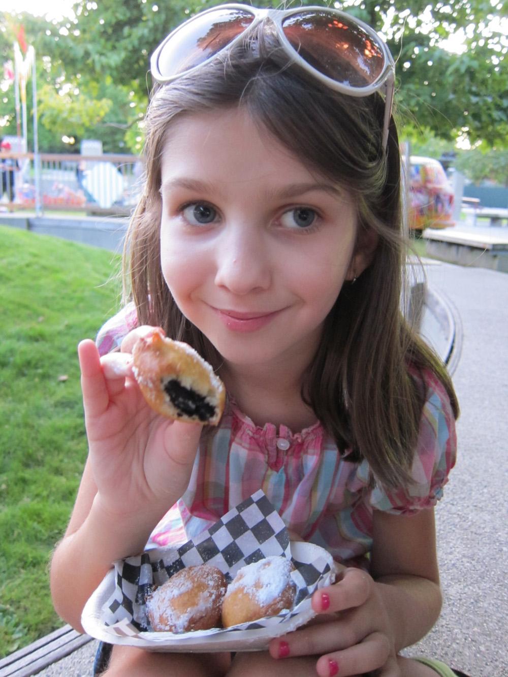 Symmie & Deep-Fried Oreos