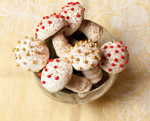 4_Meringue_ mushrooms
