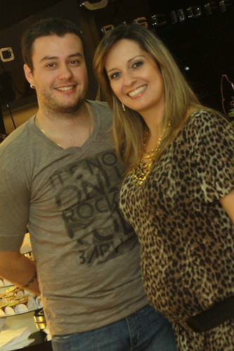 O casal anfitrião Gabriel e Fernanda