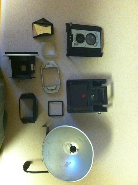 Vintage Kodak Brownie Reflex iPhone Dock (4/6)