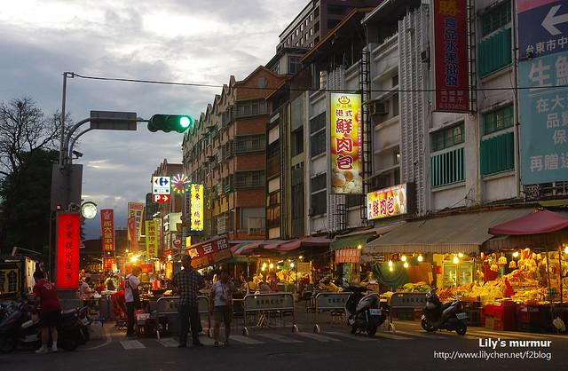 去年才開張的台東夜市,攤位不多但逛起來還算舒適。