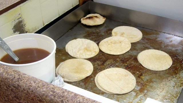 tortillas on the flattop at supermercado chicago
