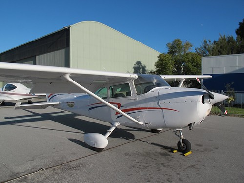VH-IGY 1978 Cessna 172N C172