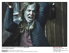 Below Zero (film still) pix 03 - Kristin attacks