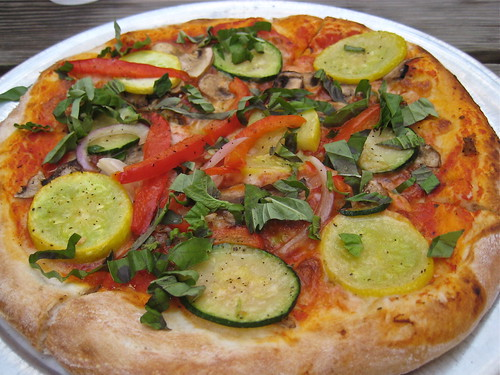 Vegetarian pizza Pizzeria Piccola