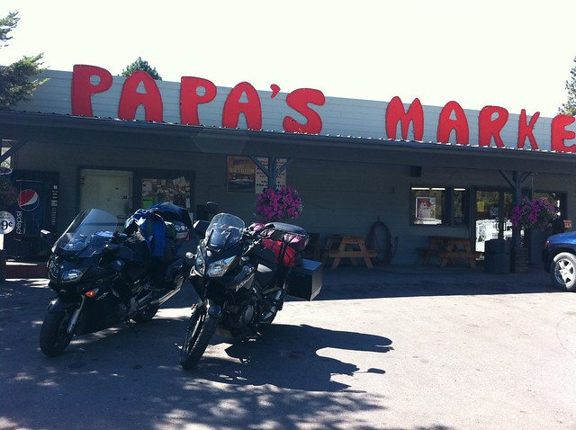 Papa's Market in Woods Bay, MT