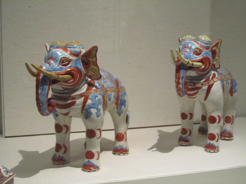 Japan exhibition: Pair of Kakiemon elephants