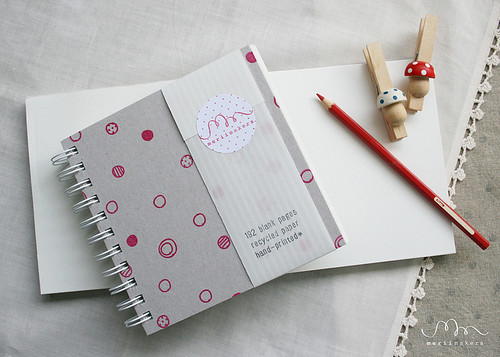 Notebook Red Dots3