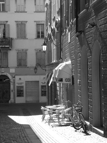 lonely cafè