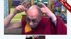 Dalai Lama with horns - pix 1 - 達賴惡魔 (达赖恶魔) 有相及錄影為証