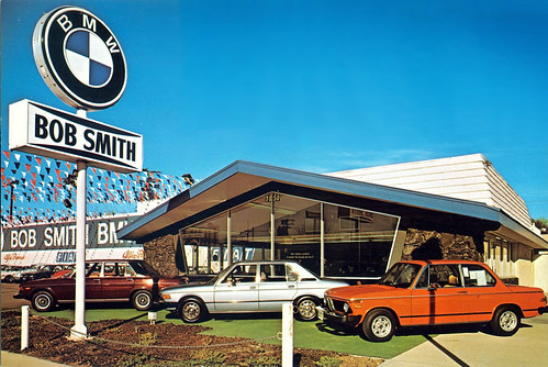 Car dealerships from the past | Motoring Con Brio