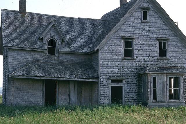 20111108-AbandonedHouse