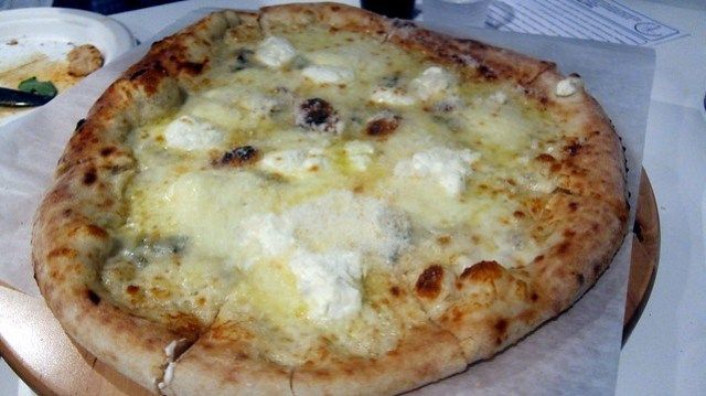 bianca pizza at tartufo pizzeria