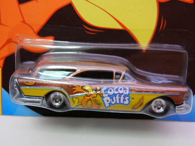 hot wheels nostalgia cocoa puffs '57 buick (2)