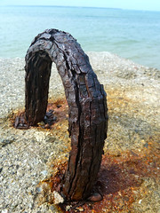 Rusty anchor thing.