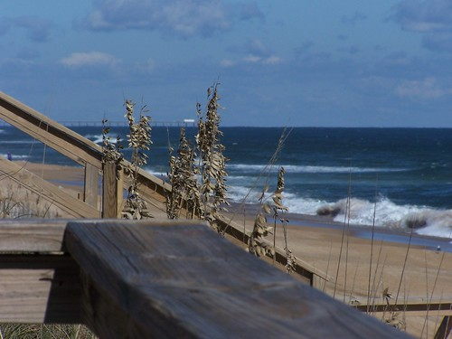100_7745 Outer Banks, North Carolina by edwinridout