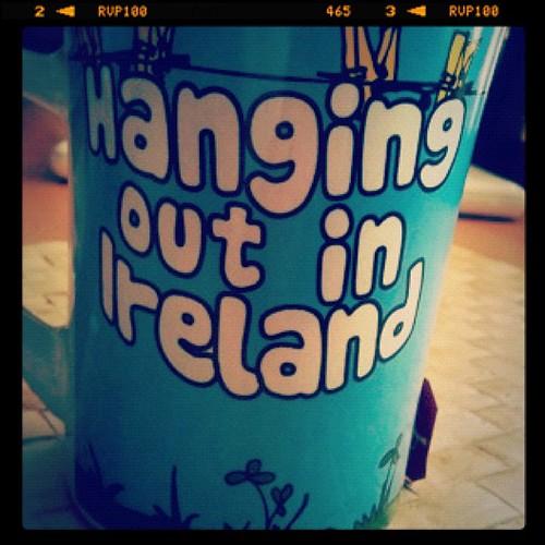 English tea in an Irish cup... Ironias de la vida? by rutroncal