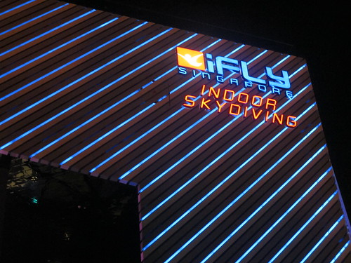 Singapore Lifestyle Blog, Singaporean blogger, Singapore Blog, Life and fun, Lifestyle Blogger, iFly, iFly Singapore, iFly promotions, blogger's specials, skydiving, indoor skydiving, Great experiences in Singapore, What to do in Singapore, Indoor Skydiving in Singapore, reviews, the nad reviews, iFly review, iFly experience, Jonathan Townsager